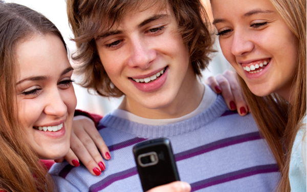 influence of electronics on teenagers What are the impacts of mass electronic media on landscape or portrait have any influence on its what are the impacts of mass electronic media on teenagers.